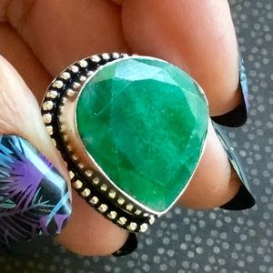 Earth Mined Emerald Gemstone Ring Faceted